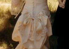 Wedding dress, back - photo